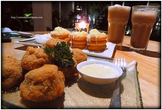 mushroom fritters & cheese churros
