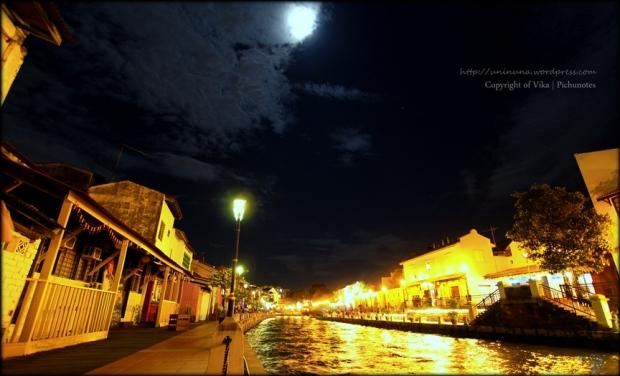 melaka river night